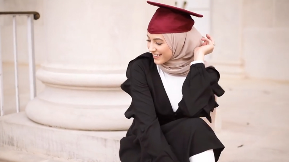 28ac85c6514 5 Tips for Choosing your Hijabi Graduation Outfit – LOSRAVELDA